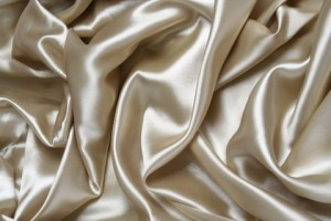 Are Silk Pillow Cases Really Better for You?